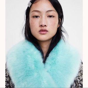 ZARA Colored Faux Fur Scarf Light Blue 4373/251